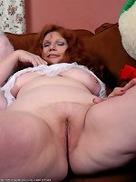 Busty mature feels huge dick smacking her tight vag